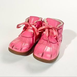 Toddler pink laced leather payten stars UGG boots